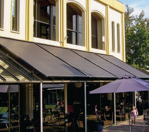 A Guide to Easily Maintain Your Retractable Awnings
