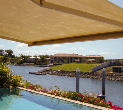 Want to Enhance Home's Exterior? Here's how to adorn Your Home's Exterior with Awnings